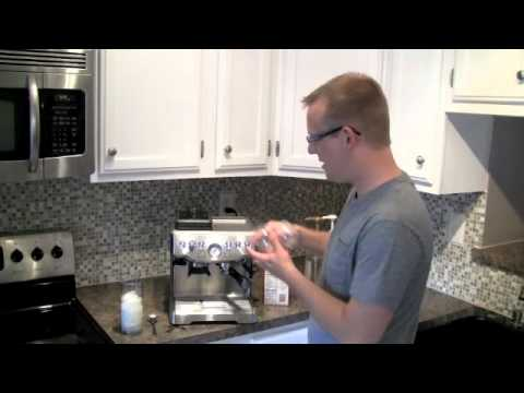 Make an Iced Latte at Home