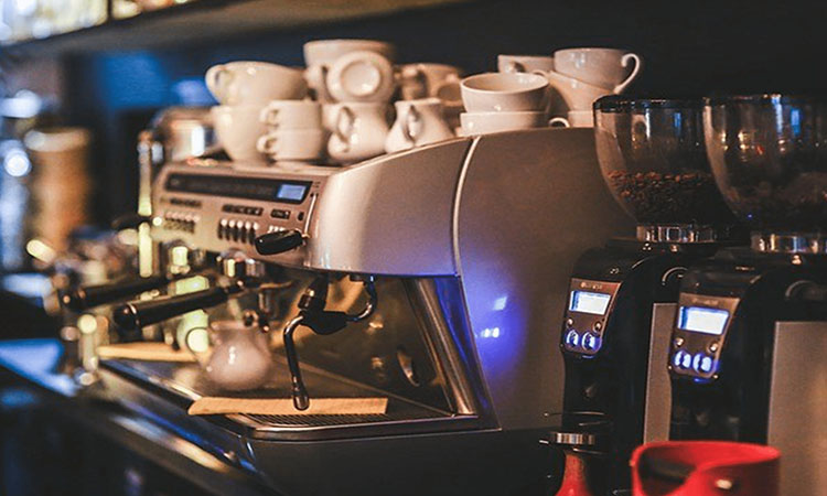 The 7 Best Coffee Makers For Iced Lattes