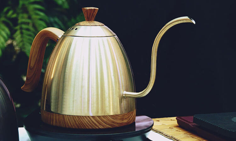 The 5 Best Electric Water Kettles For Pour-Over Coffee